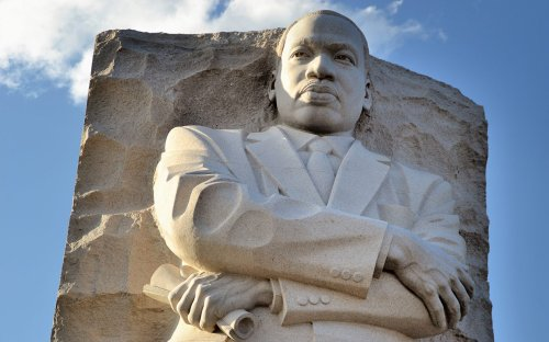 Martin-Luther-King-Jr-Memorial-washington-ftr